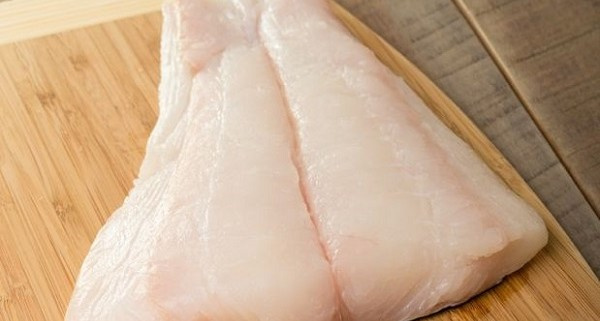 Halibut importers and wholesalers Canada | Importateurs et grossistes de flétan au Canada