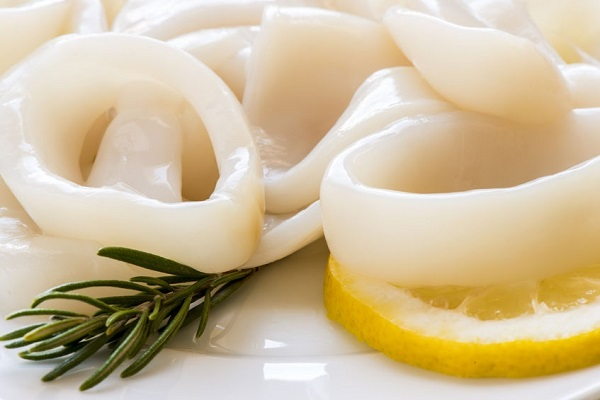 Squid rings importers and wholesalers Canada | Importateurs et grossistes de rondelles de calmar au Canada